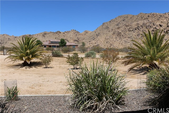 17484 Century Plant Road Apple Valley, CA 92307 - MLS #: CV17139451