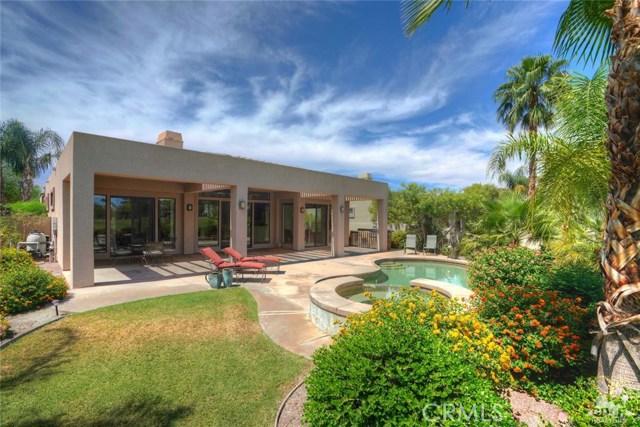 10 Via Haciendas, Rancho Mirage CA: http://media.crmls.org/medias/e089b62c-c55e-4078-b78f-037771952b1b.jpg