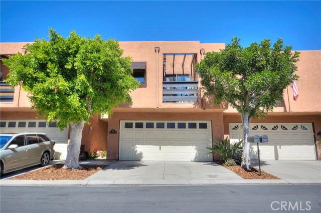 625 Terrace Circle Huntington Beach, CA 92648 OC18051347