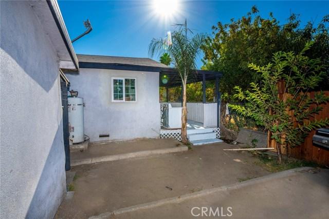 1178 Barton Street, San Bernardino CA: http://media.crmls.org/medias/e09564a7-e35e-4568-832b-2e093571d8a8.jpg