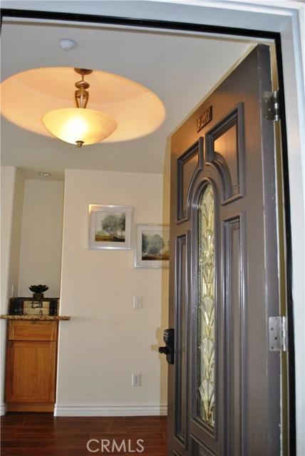 228 S Olive Avenue, Alhambra CA: http://media.crmls.org/medias/e09885ab-1c96-409c-8d02-e83d1537c920.jpg