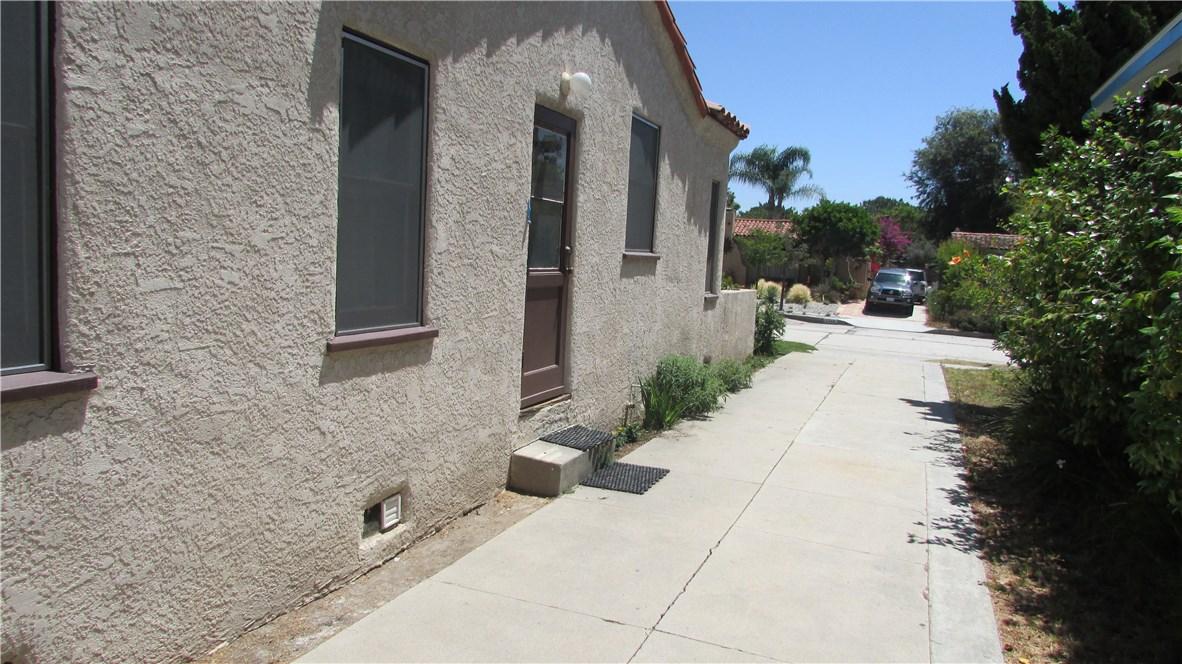 3745 Lime Avenue, Long Beach CA: http://media.crmls.org/medias/e0ad2a90-d300-4a50-a3d9-689ceeb5db6e.jpg