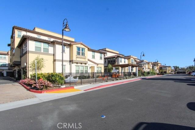 3830 W KENT Avenue, Santa Ana CA: http://media.crmls.org/medias/e0b1c4e5-63ca-400f-83d5-74c166792c20.jpg
