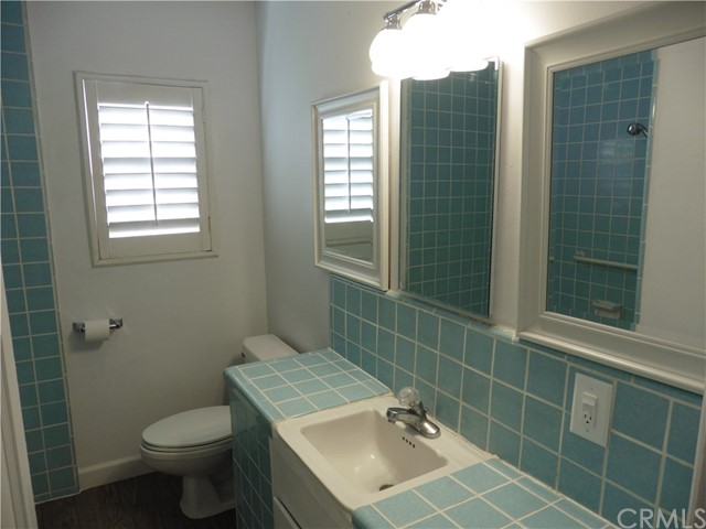 1645 W 226th Street, Torrance CA: http://media.crmls.org/medias/e0bb7a5f-0f60-4d94-83de-ff539702bd63.jpg