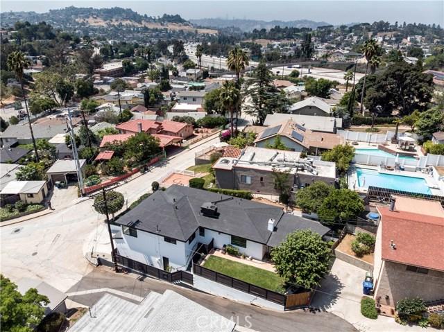 4289 Trent Way, Los Angeles CA: http://media.crmls.org/medias/e0bc0bb0-370a-4ef3-9e66-ce58307d9a2a.jpg