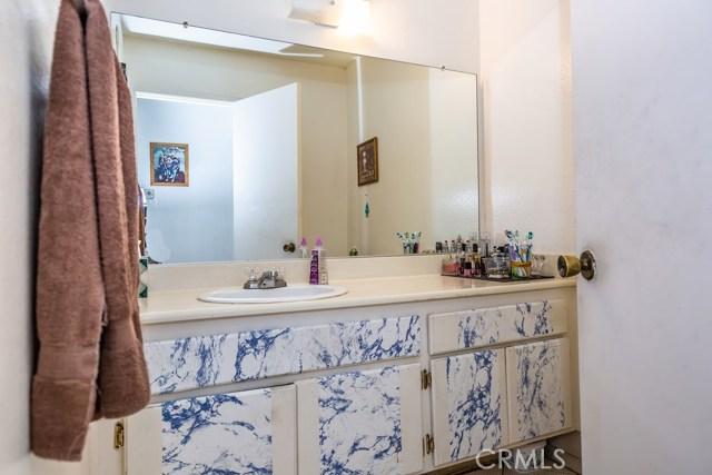 3447 W Park Balboa Avenue, Orange CA: http://media.crmls.org/medias/e0bdb576-0a88-408f-8a6a-8bdbcb8242a9.jpg