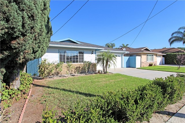 Single Family Home for Sale at 6811 Berry Avenue Buena Park, California 90620 United States