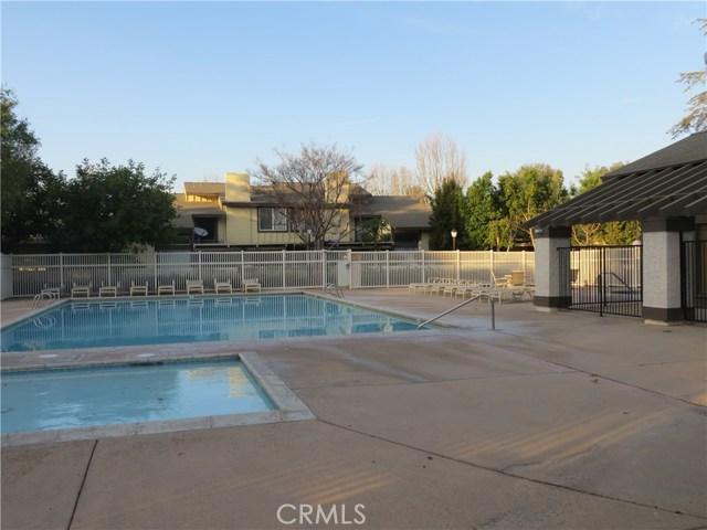 2622 N Tustin Avenue, Santa Ana CA: http://media.crmls.org/medias/e0d80ab0-a86a-424c-8596-55cfdec5fec2.jpg