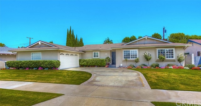 2143 N Cleveland Street Orange, CA 92865 - MLS #: PW17188325