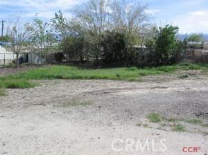 502 Main, Maricopa CA: http://media.crmls.org/medias/e0e21fc0-81a0-4a56-95ec-f0fe7ea606ae.jpg