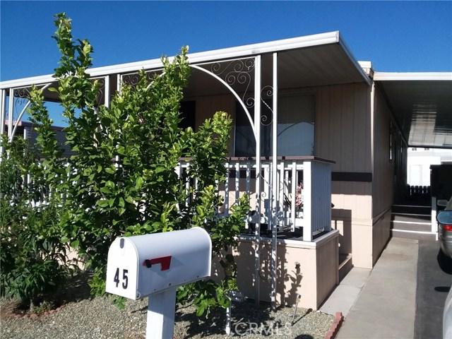 1315 E Marshall Boulevard, San Bernardino CA: http://media.crmls.org/medias/e0ee1ab3-0d3e-4c23-a760-96e4b4ed8f9e.jpg