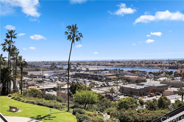 2936 Cliff Drive Newport Beach, CA 92663 - MLS #: NP17149546