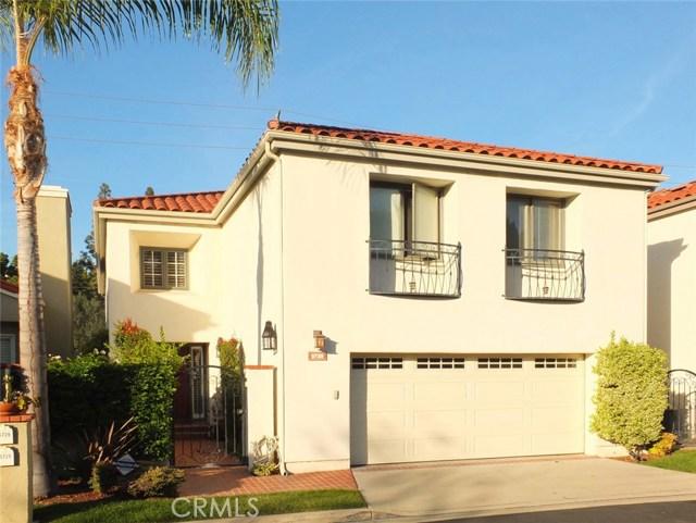 Single Family Home for Sale at 5729 Avenida Estoril 5729 Avenida Estoril Long Beach, California 90814 United States