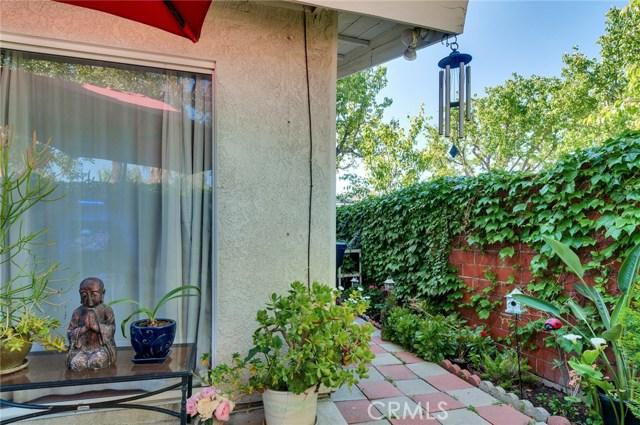 951 Inn Keeper Lane, Corona CA: http://media.crmls.org/medias/e0fa5ed1-79dc-4c7d-b3fd-5d6f64106745.jpg
