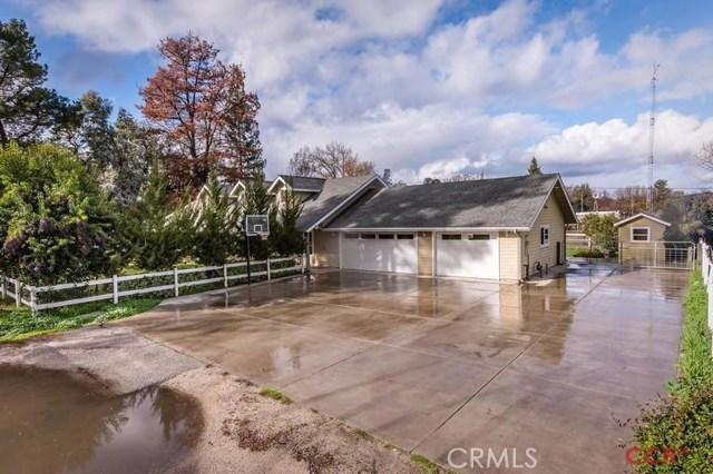 9395 Pine Avenue, Atascadero, CA 93422