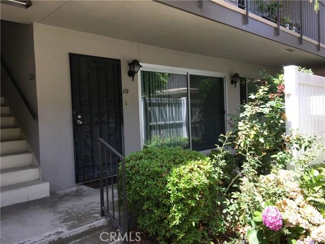 2940 W Carson Street, Torrance CA: http://media.crmls.org/medias/e1095a30-3543-411b-b4a5-860e3701a2bf.jpg
