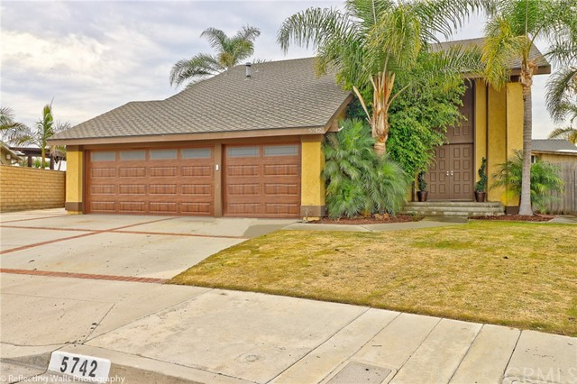 5742  Midway Dr, Huntington Beach, California