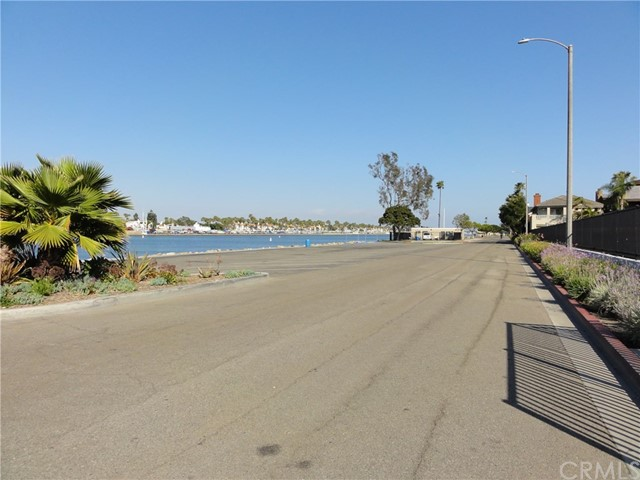383 Marina Park Lane Long Beach, CA 90803 - MLS #: OC18162478