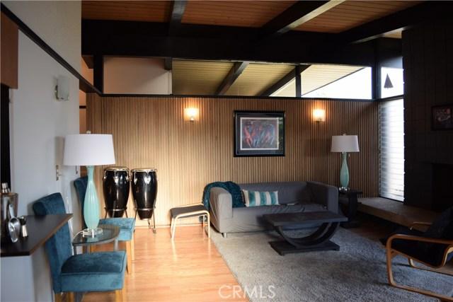 409 Hill Street, Monrovia CA: http://media.crmls.org/medias/e126623a-85d3-4658-b66d-c3863f395d3f.jpg