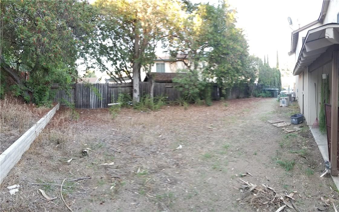 941 Baron Place, Escondido CA: http://media.crmls.org/medias/e141109a-ef95-4d87-94f4-2b5c21dedbfe.jpg