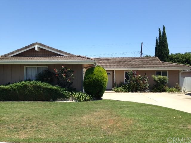 Single Family Home for Rent at 17442 Oak St Fountain Valley, California 92708 United States