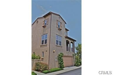 321 Tall Oak, Irvine CA: http://media.crmls.org/medias/e14537dd-fe64-4fbd-b5dd-4887b0b24d3c.jpg