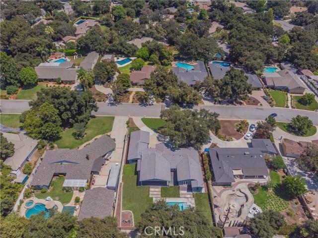 179 Catherine Park Drive, Glendora CA: http://media.crmls.org/medias/e14e4411-2c00-493e-8467-cb47ec4c2038.jpg