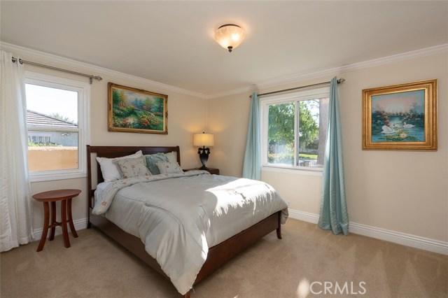 2700 Holly Avenue, Arcadia CA: http://media.crmls.org/medias/e14efb94-c32b-47e6-87a9-3c14ccb91713.jpg