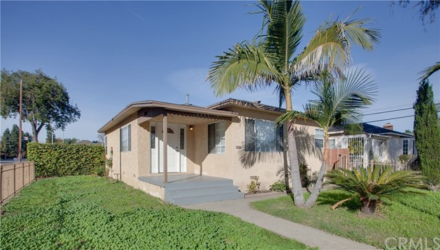 Photo of 10995 Colyer Avenue, Lynwood, CA 90262