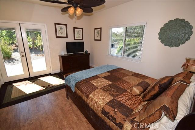 21126 Yankee Valley Road, Hidden Valley Lake CA: http://media.crmls.org/medias/e15dcfb2-dc62-43f4-b723-46aec86177d4.jpg