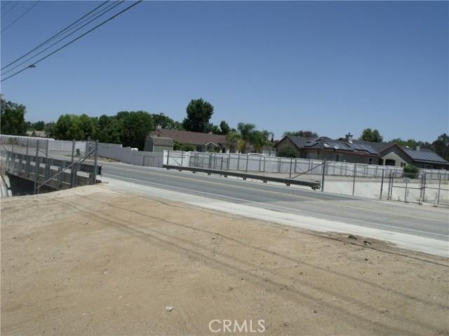 24579 Adams Avenue, Murrieta CA: http://media.crmls.org/medias/e1636ffc-9873-4f39-98c5-304b500a9450.jpg