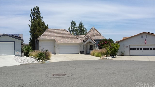 Photo of 22480 Village Way Drive, Canyon Lake, CA 92587