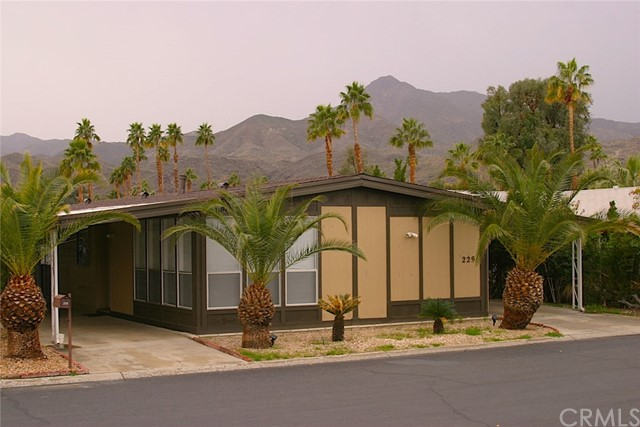 229 Los Pinos Drive Palm Springs, CA 92264 is listed for sale as MLS Listing SW17033625