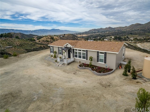 Photo of 24456 Oak Circle Drive, Wildomar, CA 92595
