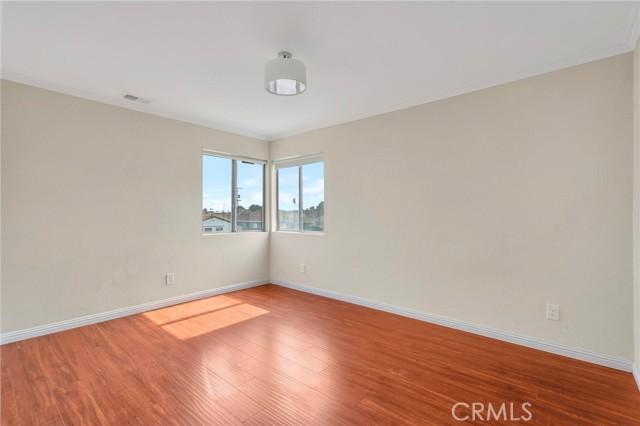 850 E 116th Place, Los Angeles CA: http://media.crmls.org/medias/e1750aa8-5577-40b6-bce5-287dd018fd2c.jpg