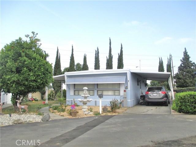 1630 barranca Avenue, Glendora CA: http://media.crmls.org/medias/e17703e9-bfa3-4bb4-bec6-0a41eef305f2.jpg