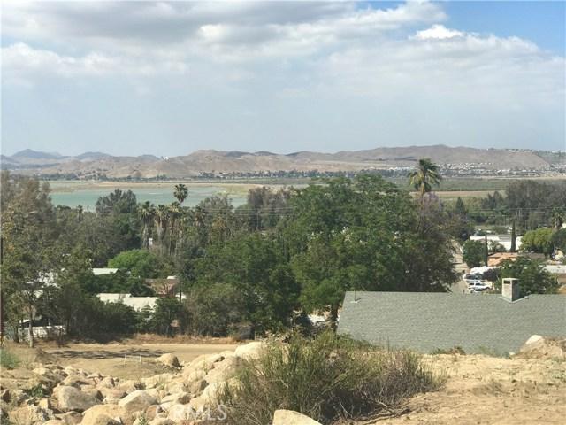 18175 Sanders Dr, Lake Elsinore, CA 92530 Photo