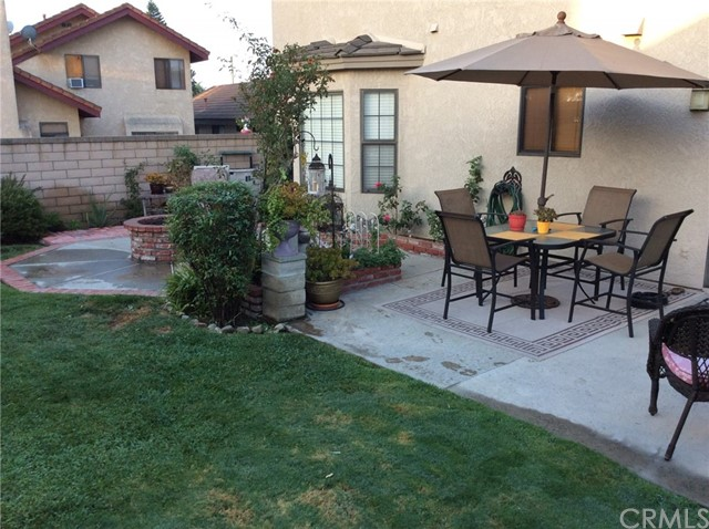 7421 Aurora Place, Rancho Cucamonga CA: http://media.crmls.org/medias/e186a34d-b04f-4a76-a8e1-8cdba32c6840.jpg
