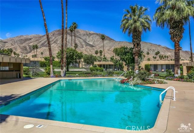 72813 Willow Street, Palm Desert CA: http://media.crmls.org/medias/e186b9cb-56d8-4519-98b8-b105ff5e48d3.jpg