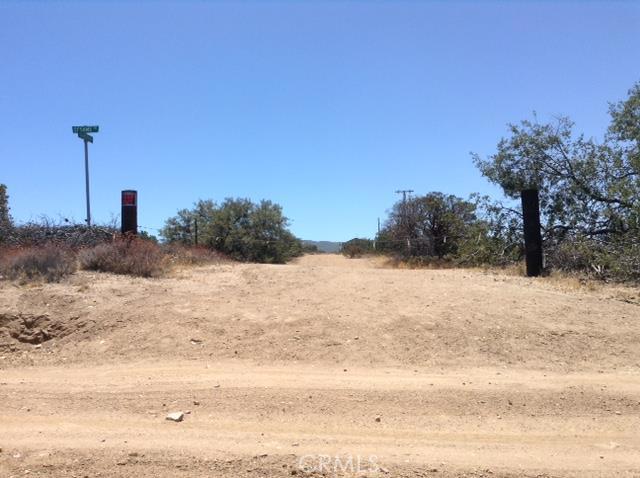 0 Grandview Road, Oak Hills CA: http://media.crmls.org/medias/e196c0e5-2596-44d1-8ff6-9ceac0a6dc34.jpg