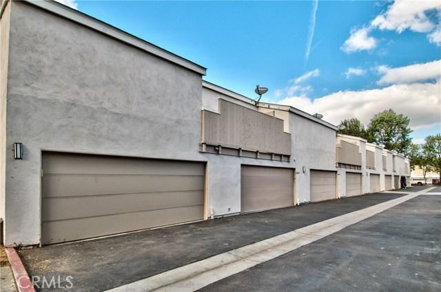 2730 W Segerstrom Avenue Unit C Santa Ana, CA 92704 - MLS #: CV17254685