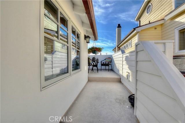 Photo of  Newport Beach, CA 92662 MLS NP18069468