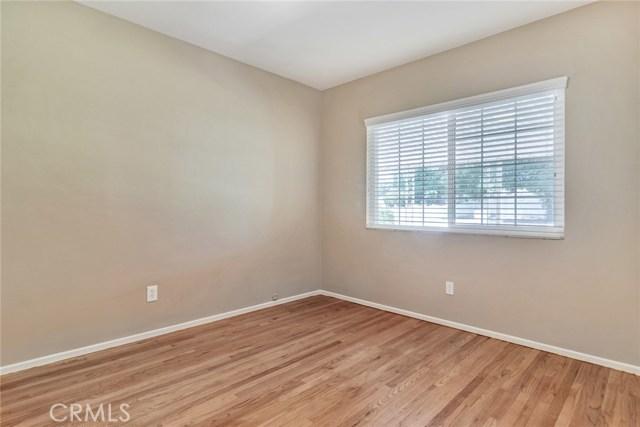11250 Sunnyslope Avenue, Cherry Valley CA: http://media.crmls.org/medias/e1ac5f50-3976-463c-9321-da065b6d504b.jpg