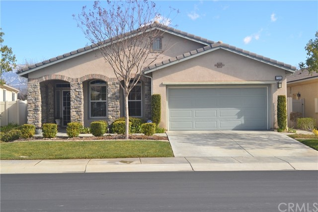1556 Green Creek Trail Beaumont, CA 92223 is listed for sale as MLS Listing EV18039511