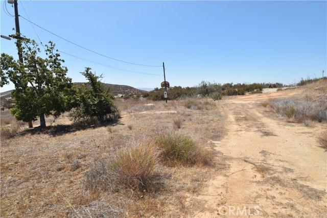 35215 Cameron Drive Hemet, CA 92544 - MLS #: PW18176977