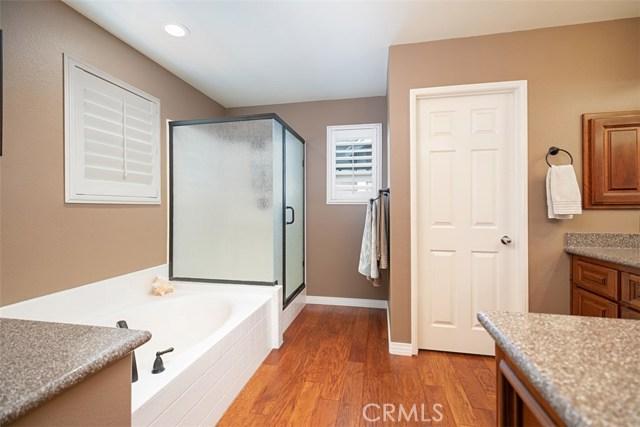 44 Nantucket Lane, Aliso Viejo CA: http://media.crmls.org/medias/e1b9885e-2c5e-4dae-b5b1-a44be0877029.jpg