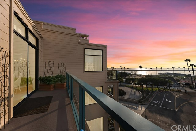 140 The Village 406 Redondo Beach CA 90277