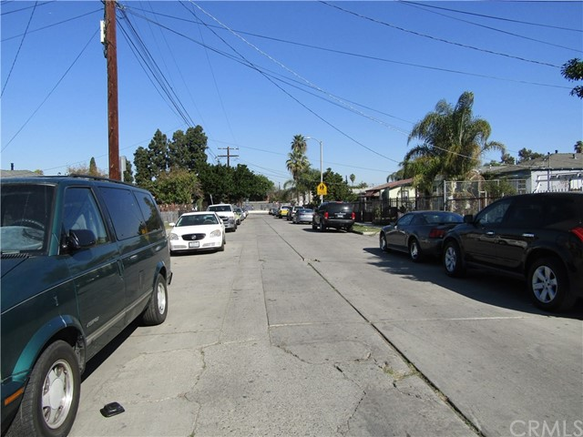 11301 Hooper Avenue Los Angeles, CA 90059 - MLS #: DW18065421