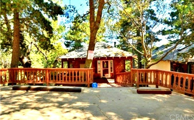 1215 Scenic Way, Rimforest, CA 92378 Photo