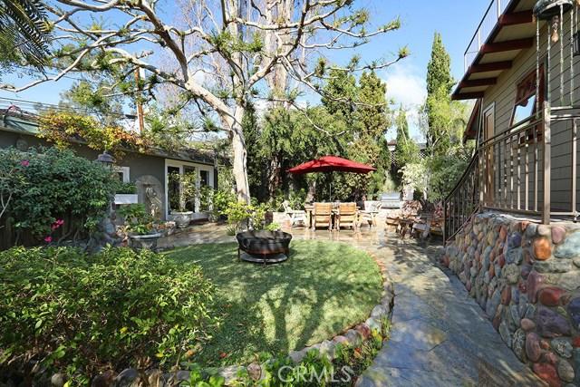 420 Linden Street, Laguna Beach CA: http://media.crmls.org/medias/e1d4d8b6-f471-4156-8ce4-3ca25e98b731.jpg